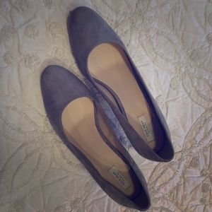 Cole Haan Shoes - Cole Haan Suede Round Toe Pumps Light Gray Size 9